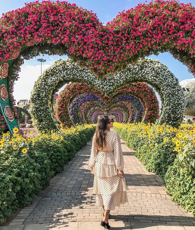 Nhờ vlog của Ngọc Trinh và Vũ Khắc Tiệp mà dân tình mới biết Dubai… giàu sang và xa hoa thật, nhìn 5 điểm check-in này là rõ ngay! - Ảnh 9.