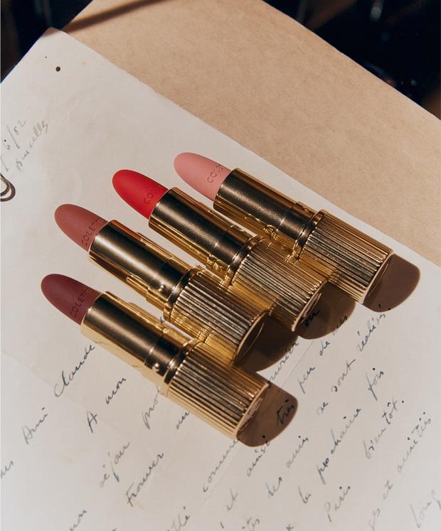 Yeri (Red Velvet) ra son riêng: Vỏ son đậm chất vintage sang chảnh, bảng màu đẹp mê ly, xịn nhất là màu chocolate nhìn chỉ muốn cắn - Ảnh 2.
