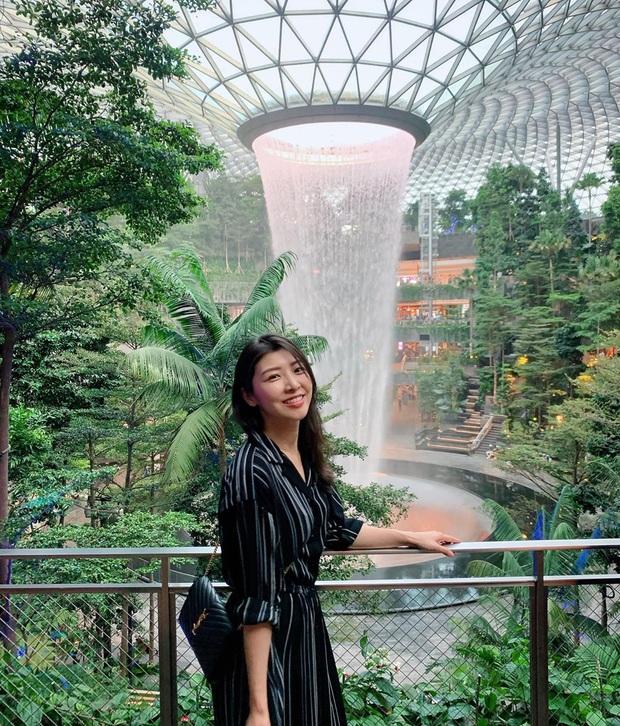 HOT: Thác nước trong nhà lớn nhất thế giới ở Singapore thông báo đóng cửa bảo trì, ai đến đây dịp này đành lỡ hẹn góc sống ảo nổi tiếng - Ảnh 6.