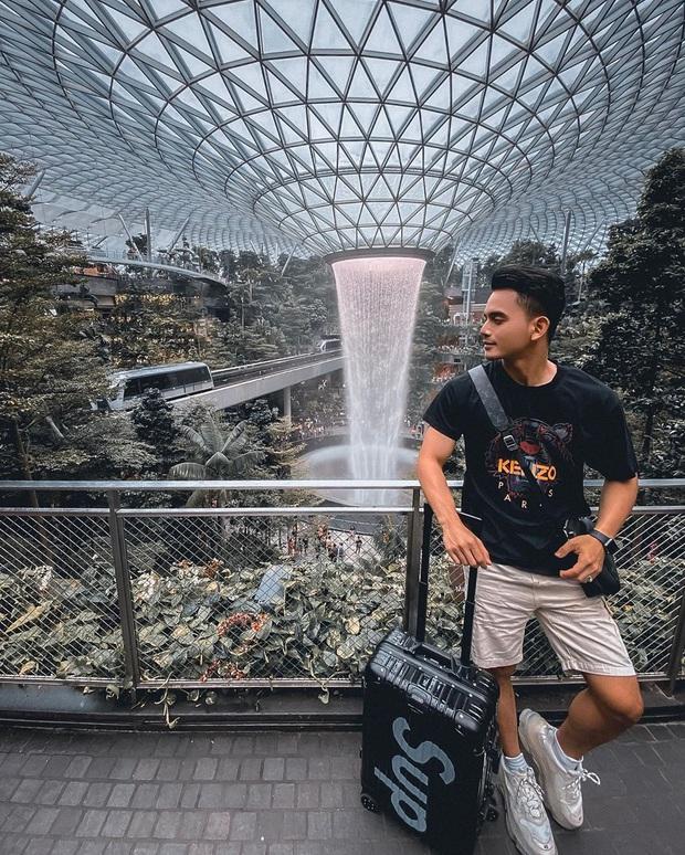 HOT: Thác nước trong nhà lớn nhất thế giới ở Singapore thông báo đóng cửa bảo trì, ai đến đây dịp này đành lỡ hẹn góc sống ảo nổi tiếng - Ảnh 2.