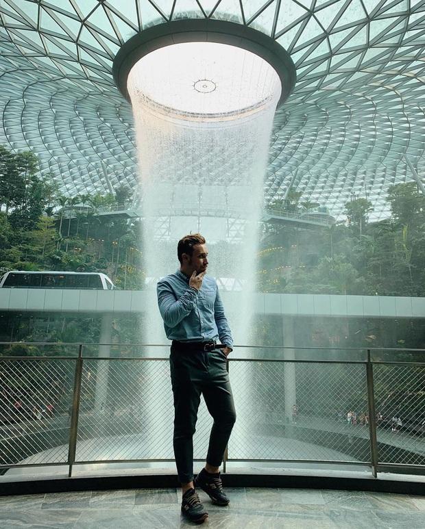 HOT: Thác nước trong nhà lớn nhất thế giới ở Singapore thông báo đóng cửa bảo trì, ai đến đây dịp này đành lỡ hẹn góc sống ảo nổi tiếng - Ảnh 4.