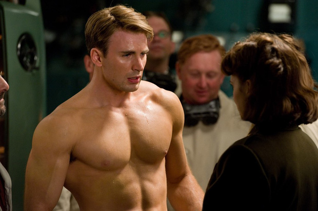 Trắng tay tại Quả Cầu Vàng 2020, Chris Evans và dàn siêu anh hùng Marvel bị chế giễu là chỉ giỏi khoe thân? - Ảnh 3.