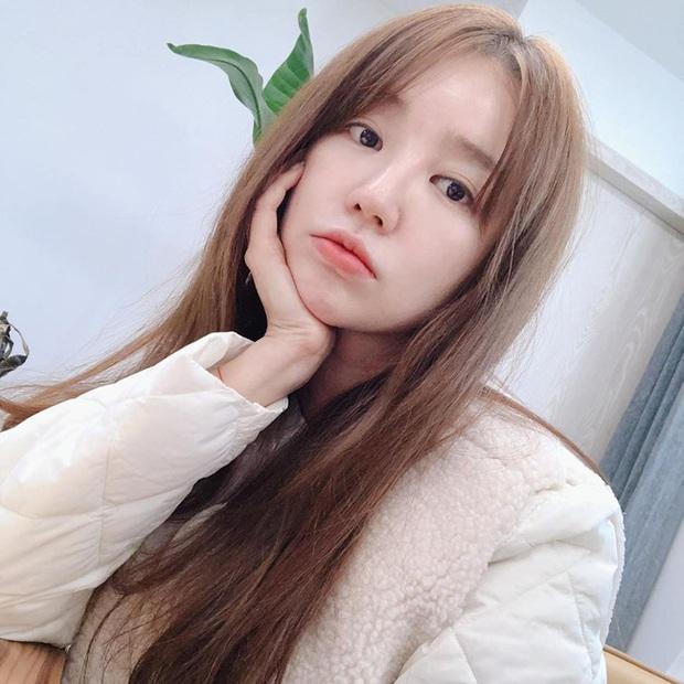 Muốn tóc mình đẹp chuẩn mực như Song Hye Kyo cùng loạt sao Hàn thì bạn phải nghe 7 bí kíp từ họ - Ảnh 2.