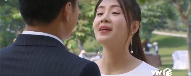 Preview Hoa Hồng Trên Ngực Trái tập cuối: San đau đẻ đến mức vặt trụi đầu phi công trẻ Khang?  - Ảnh 3.