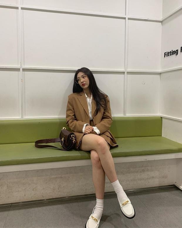 Mấy nàng Red Velvet diện blazer theo 11 cách cực trẻ và chất, bạn không tham khảo thì Tết này thiệt mất mấy phần sành điệu - Ảnh 4.