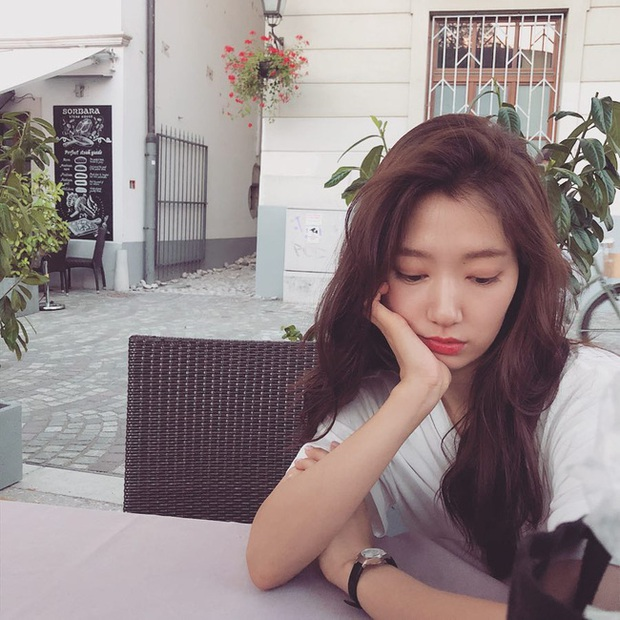 Muốn tóc mình đẹp chuẩn mực như Song Hye Kyo cùng loạt sao Hàn thì bạn phải nghe 7 bí kíp từ họ - Ảnh 6.