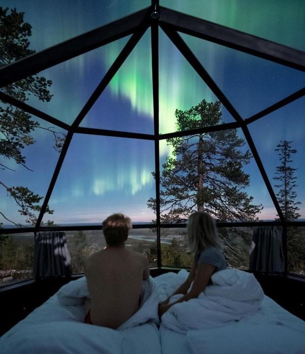 Khách sạn có view đắt giá nhất thế giới chính là đây: Nhà kính 360 độ tha hồ cho khách ngắm Bắc cực quang đẹp như một giấc mơ - Ảnh 2.