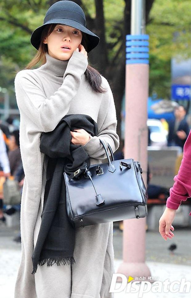 Vẫn biết Song Hye Kyo sở hữu visual đẳng cấp nhất nhì xứ Hàn nhưng cận cảnh làn da của mỹ nhân mới thực sự gây choáng - Ảnh 5.