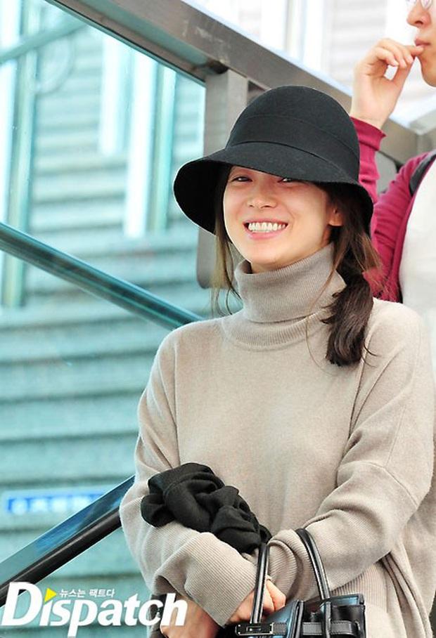 Vẫn biết Song Hye Kyo sở hữu visual đẳng cấp nhất nhì xứ Hàn nhưng cận cảnh làn da của mỹ nhân mới thực sự gây choáng - Ảnh 6.
