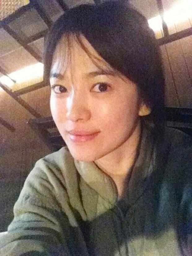 Vẫn biết Song Hye Kyo sở hữu visual đẳng cấp nhất nhì xứ Hàn nhưng cận cảnh làn da của mỹ nhân mới thực sự gây choáng - Ảnh 7.