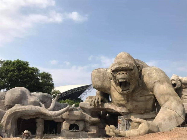 Lót dép hóng công viên King Kong - khủng long siêu to khổng lồ sắp khai trương tại Hạ Long - Ảnh 3.