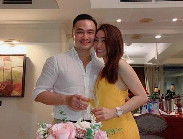 Khác biệt cách sao nam Vbiz ứng xử hậu ly hôn: Chi Bảo, Công Lý dắt bạn gái ra mắt vợ cũ, Chí Nhân mâu thuẫn không dứt - Ảnh 22.