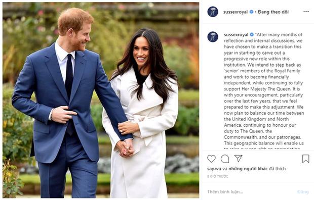 Cú sốc hoàng gia Anh: Vợ chồng Meghan Markle chính thức ra thông báo rút khỏi vai trò thành viên cao cấp, tự độc lập tài chính - Ảnh 1.