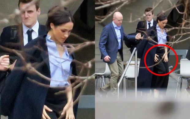 Meghan Markle lộ ảnh xuất hiện bí mật giữa lùm xùm tách khỏi hoàng gia Anh, không hề đeo nhẫn cưới và bị chỉ trích đã hủy hoại Hoàng tử Harry - Ảnh 1.