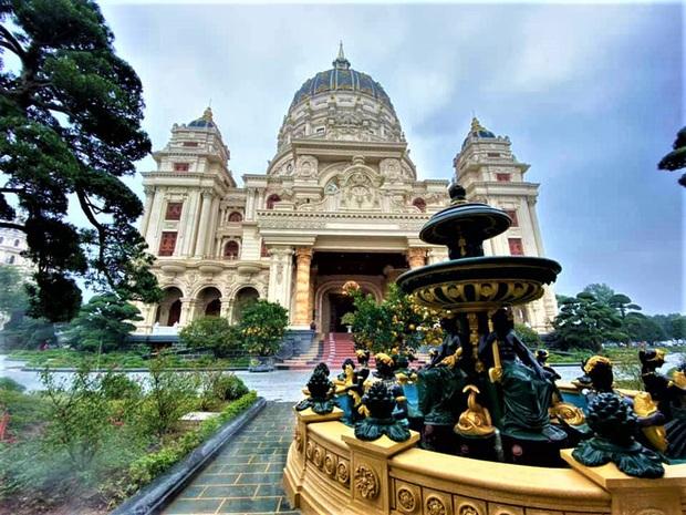 Cận cảnh bên trong tòa lâu đài dát vàng nghìn tỷ của đại gia Ninh Bình - Ảnh 12.