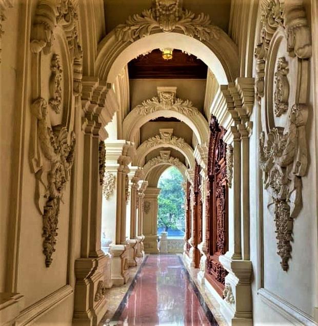 Cận cảnh bên trong tòa lâu đài dát vàng nghìn tỷ của đại gia Ninh Bình - Ảnh 14.
