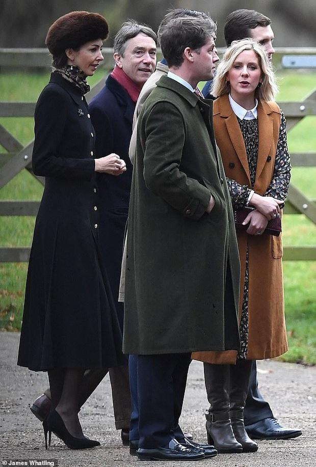 Công nương Kate mời tình địch tin đồn dự sinh nhật lần thứ 38 của mình nhưng lại phớt lờ em dâu Meghan Markle - Ảnh 3.