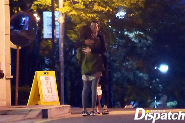 Hiếm cặp đôi nào được như Sooyoung và tài tử Jung Kyung Ho: 8 năm vẫn quá ngọt, còn công khai chọc nhau thế này! - Ảnh 4.