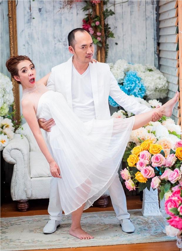 4 nghệ sĩ hài khiến cả Vbiz ghen tị vì hôn nhân như mơ: Cặp từng bị chỉ trích thậm tệ, cặp mất nửa thập kỷ mới nên duyên! - Ảnh 1.