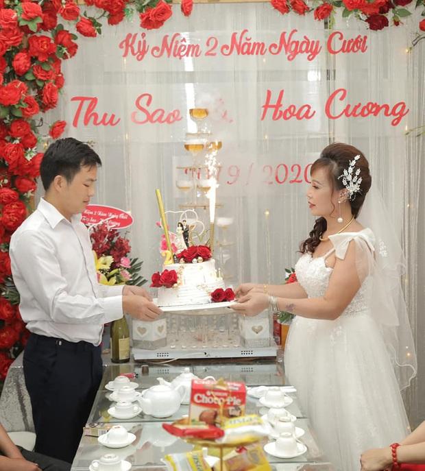 Cô dâu 62 tuổi tiết lộ đã sửa di chúc sau 2 năm kết hôn cùng chồng trẻ - Ảnh 1.