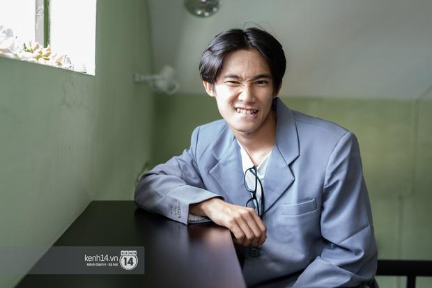 Anh Tú Wilson (Ròm): Ở Busan thằng Phúc không ác bằng ở Việt Nam, còn bản phim chiếu sân nhà có after-credit mà nhiều người không biết! - Ảnh 3.