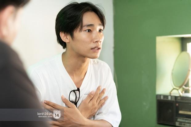 Anh Tú Wilson (Ròm): Ở Busan thằng Phúc không ác bằng ở Việt Nam, còn bản phim chiếu sân nhà có after-credit mà nhiều người không biết! - Ảnh 12.