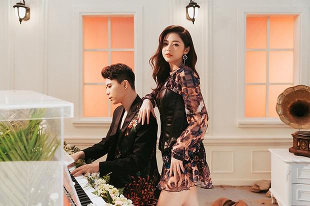 Cặp đôi hiếm có của Vbiz: Chia tay rồi Trịnh Thăng Bình - Liz Kim Cương vẫn rủ nhau du lịch Đà Lạt, hết hợp tác đến cùng công khai hé lộ quá khứ - Ảnh 3.