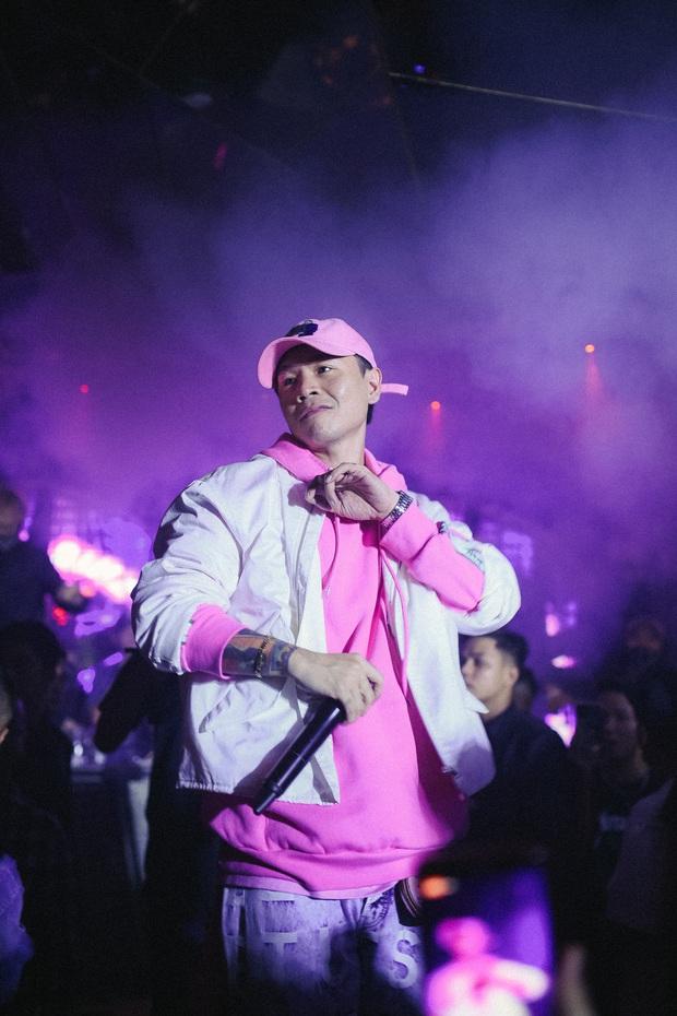 Chuyện gì đang xảy ra với Binz: Tranh cãi tại Rap Việt, nghi ngờ khả năng hát live và liên tiếp bị người dưng lôi vào những lùm xùm - Ảnh 17.