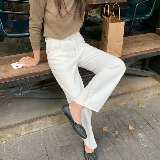 Tậu quần jeans trắng là có style sang xịn trendy, phối đồ đơn giản cỡ nào trông cũng hay ho - Ảnh 5.