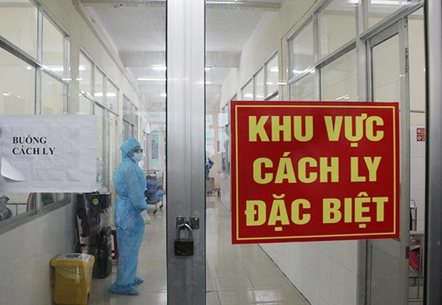 Thêm 1 ca mắc mới COVID-19 là chuyên gia người Nga, Việt Nam có 1.095 bệnh nhân - Ảnh 1.