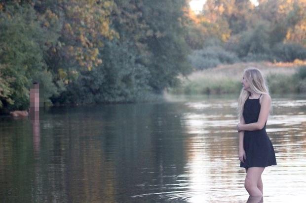 Tìm nơi vắng vẻ nhưng lãng mạn để chụp ảnh kỷ yếu, cô gái quay lại bắt gặp cảnh tượng nóng mắt không biết phải giải quyết ra sao - Ảnh 1.