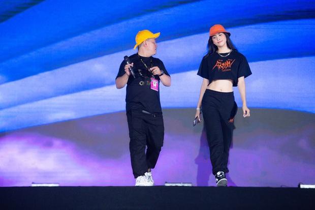 Diễn tập Bán kết HHVN 2020 trước giờ G: Tiểu Vy đọ sắc với Phương Nga - Lương Thuỳ Linh, Á hậu King Of Rap hé lộ vai trò đặc biệt tối nay - Ảnh 2.