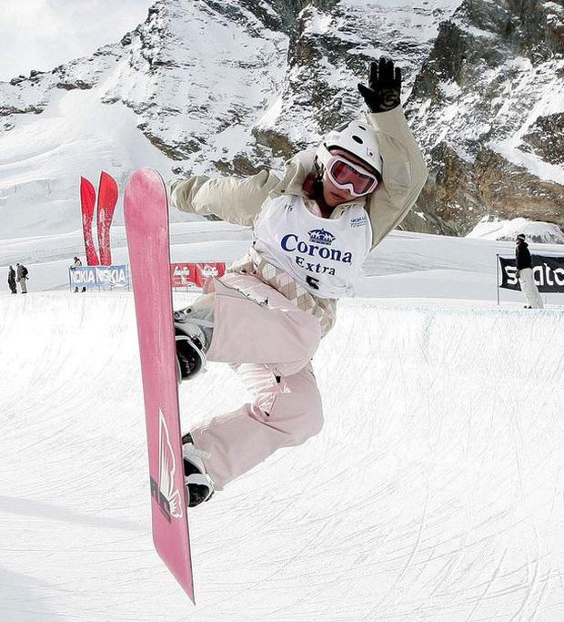 Mỹ nhân 18+ Melo Imai: Thiên tài trượt tuyết sa đọa của Nhật Bản bất ngờ làm gái gọi, quá khứ đau đớn và màn lột xác sau 5 năm - Ảnh 4.