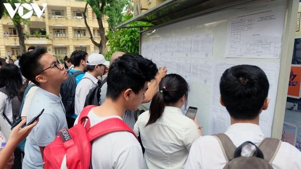 Xét tuyển 2020: Cánh cửa hẹp cho thí sinh xét tuyển bổ sung vào trường top đầu - Ảnh 1.