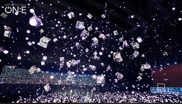 Jungkook khiến fan xỉu ngang xỉu dọc vì visual quá đỉnh, cân mọi concept từ ma mị đến lãng tử trong concert mới nhất của BTS - Ảnh 2.