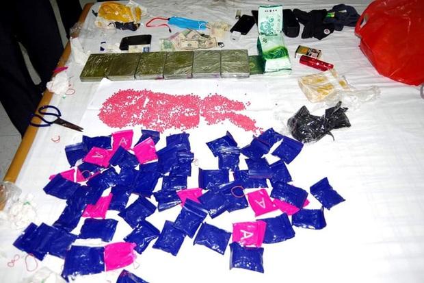 Mang lô ma túy khoảng 2 tỷ đồng vào nhà nghỉ chờ giao hàng thì bị bắt giữ - Ảnh 3.