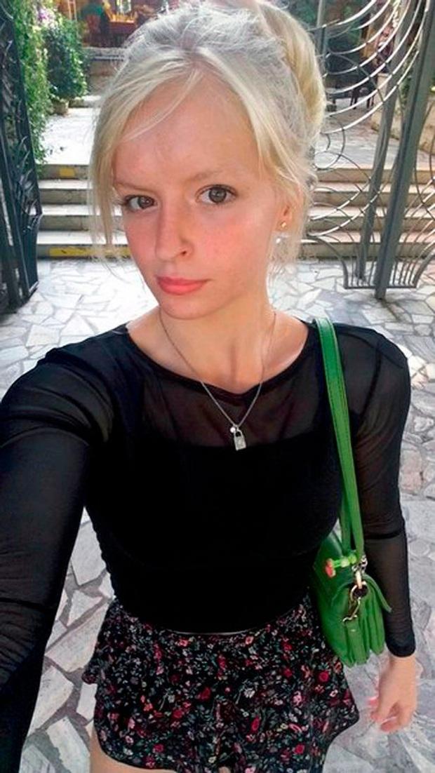 Chuyện Tấm Cám nước Nga: Chị tàn nhẫn đoạt mạng em gái vì ghen tỵ sắc đẹp, cảnh tượng hiện trường khiến ai cũng ám ảnh - Ảnh 4.