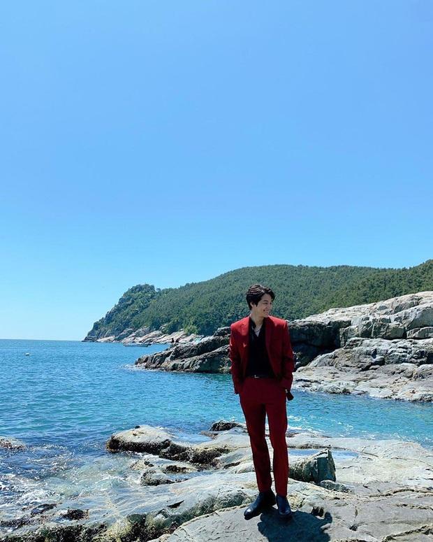 Nam thần Kim Bum (Vườn Sao Băng) comeback lợi hại hơn xưa, visual lấn át cả tài tử cực phẩm Lee Dong Wook? - Ảnh 12.