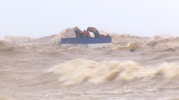Phát hiện 1 thi thể trôi dạt vào bờ biển, là thành viên tàu Vietship 01 - Ảnh 1.