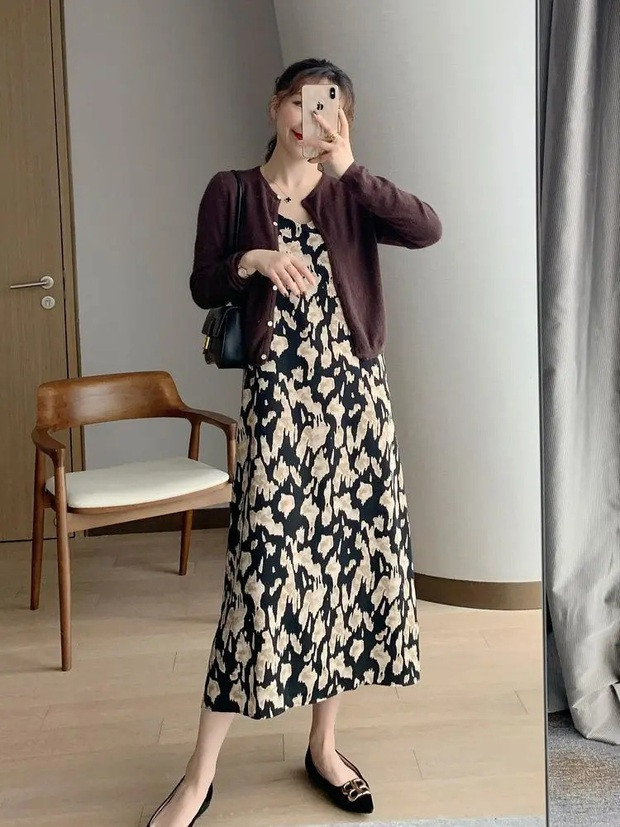 Nàng blogger lên đồ mặc đẹp cả tuần dễ như ăn kẹo với toàn item cơ bản - Ảnh 2.