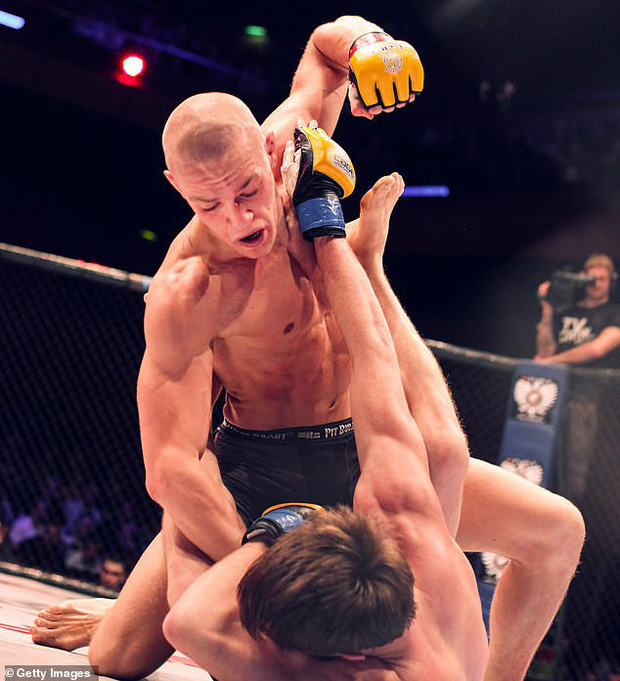 Chuyện giờ mới kể: McGregor từng bị UFC từ chối ký hợp đồng vào năm 2012 và hành trình chứng minh bản thân sau đó - Ảnh 2.