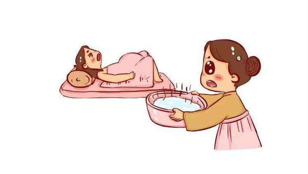 Phụ nữ Trung Quốc thời xưa sinh con luôn phải có chậu nước nóng đặt cạnh bên, nguyên nhân là do đâu? - Ảnh 2.