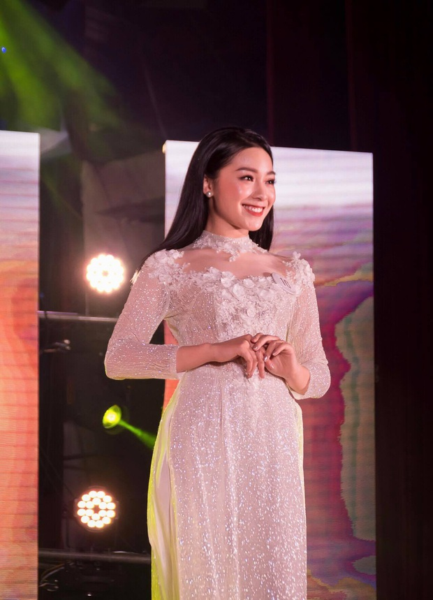 Top 5 Hoa khôi trường Báo từ chối lời mời tham dự Hoa hậu, quyết thử sức với vị trí BTV tại Đài truyền hình Việt Nam - Ảnh 3.