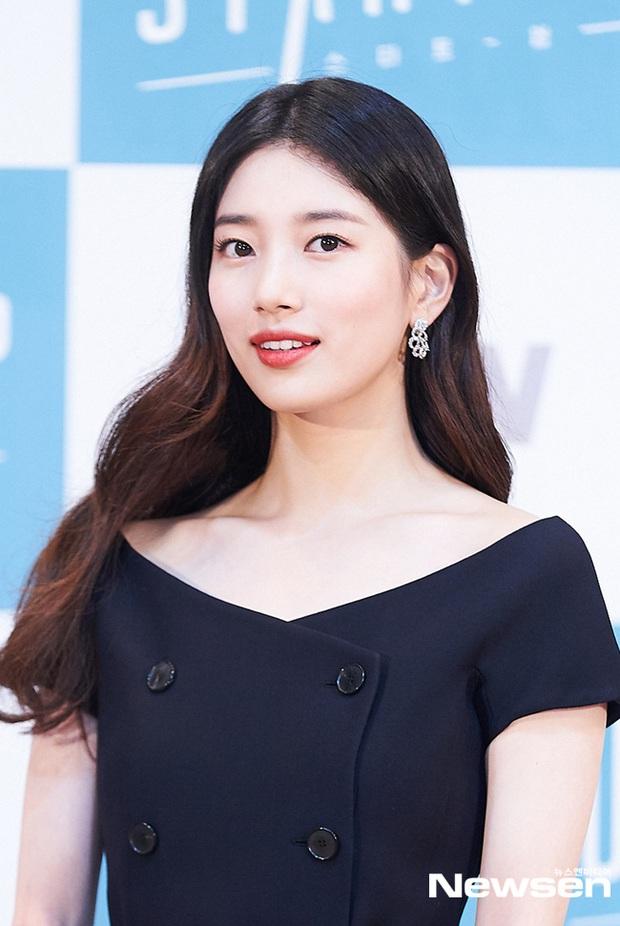 Sự kiện hot nhất chiều nay: Suzy bỗng bị dìm, làm gì mà hết loạt tài tử giờ đến Nam Joo Hyuk như né vội khi đứng bên? - Ảnh 3.