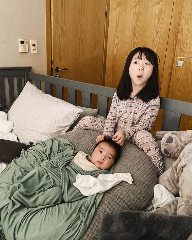 Ông bố bỉm sữa cao 1m92 hot nhất Hàn Quốc từng gây bão MXH cách đây 4 năm bây giờ ra sao? - Ảnh 7.