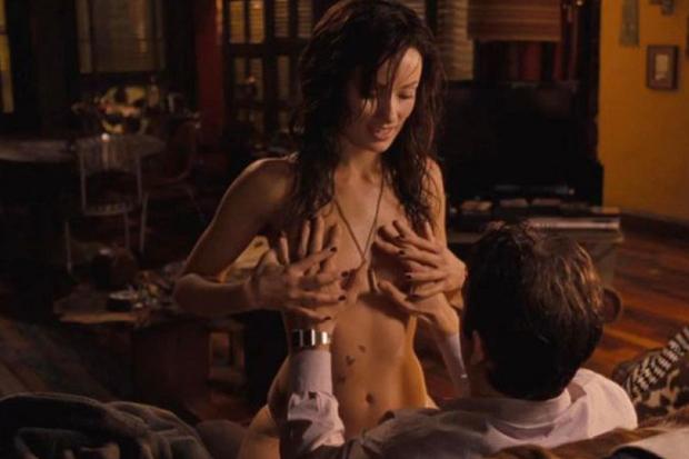 10 bí mật cảnh nóng phim Hollywood: Giả trân từ mồ hôi tới diễn viên, nếu xui gặp tai nạn thì cắn răng mà ứng biến - Ảnh 13.