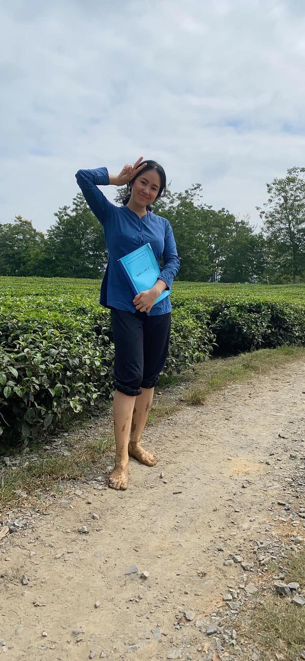 Nửa kia phản ứng khi mỹ nhân Vbiz tăng cân: Chồng Phan Như Thảo đưa ra triết lý, ông xã Tây vừa bế con vừa giúp Phương Vy - Ảnh 10.
