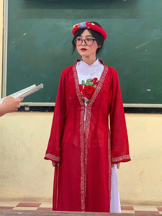 Nữ sinh An Giang phá đảo mạng xã hội với tấm hình chụp trộm hơn 100.000 like, soi trang cá nhân ai cũng tiếc hùi hụi - Ảnh 1.