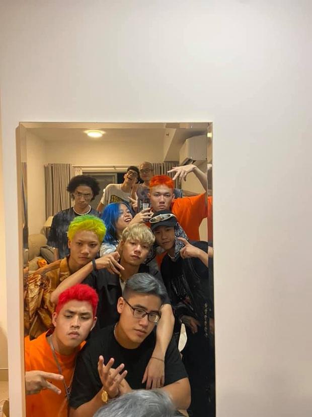 MCK - Tlinh phát cẩu lương trước hội anh em Rap Việt nhưng nhìn chỉ thấy... đau lưng - Ảnh 2.