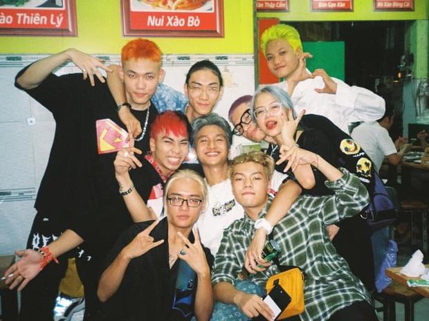 MCK - Tlinh phát cẩu lương trước hội anh em Rap Việt nhưng nhìn chỉ thấy... đau lưng - Ảnh 3.
